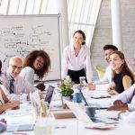 ¿Por qué y cuándo mantener reuniones semanales con el equipo?
